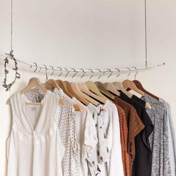 راهنمای نگهداری لباس