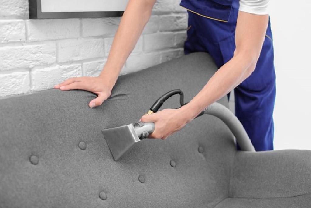 سفارش خشکشویی مبل به صورت آنلاین چه مزیت هایی دارد؟