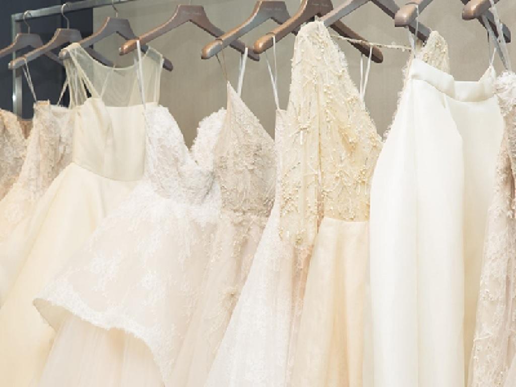 خشکشویی لباس عروس و داماد را باید به کجا بسپاریم؟
